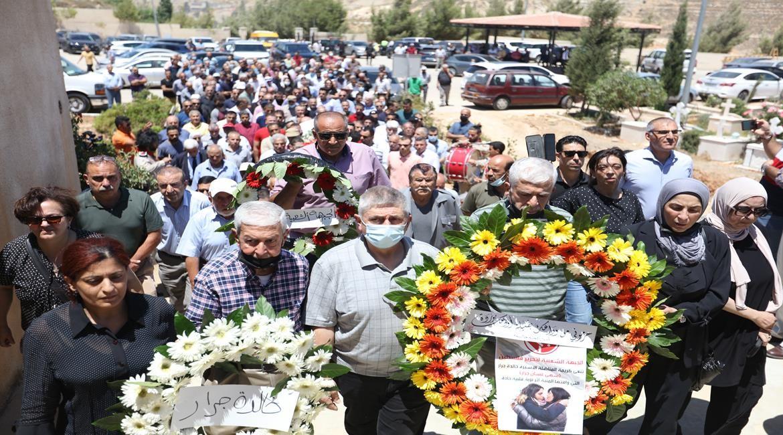 تشييع جثمان المواطنة سهى جرار إبنة القيادية الاسيرة خالدة جرار 11.JPG