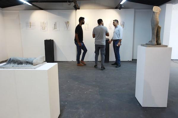 معرض فني يجسد معاناة مبتوري الأطراف في قطاع غزة 11