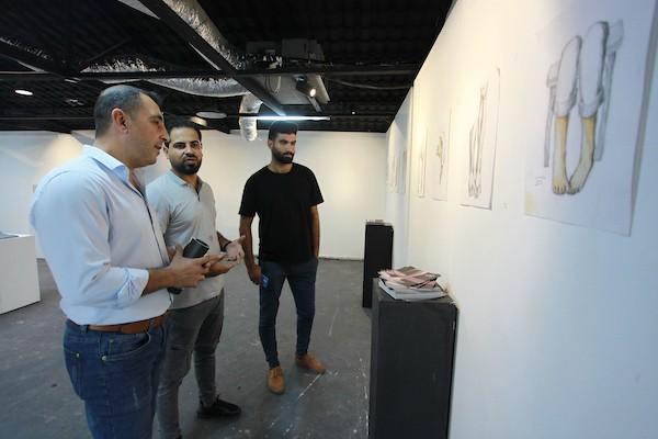 معرض فني يجسد معاناة مبتوري الأطراف في قطاع غزة 2