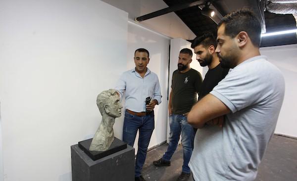 معرض فني يجسد معاناة مبتوري الأطراف في قطاع غزة 15