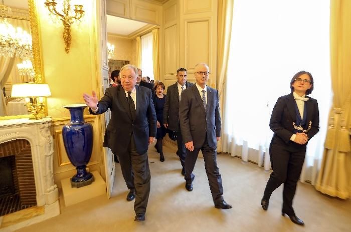 صورالحمداللهيلتقيرئيسمجلسالشيوخالفرنسيورؤسااللجانفيهبباريس